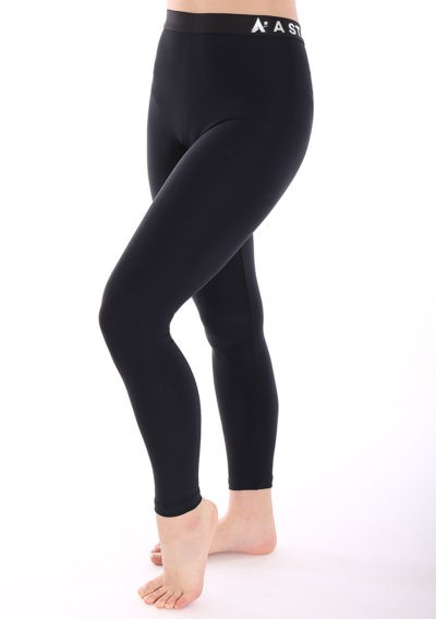 black lycra leggings with elastic waistband for the gym side